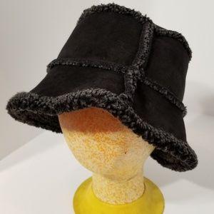Lands' End Bucket Hat Black